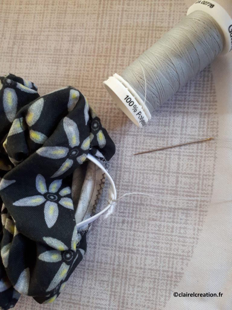 Couture de l'élastique plat à la main 2