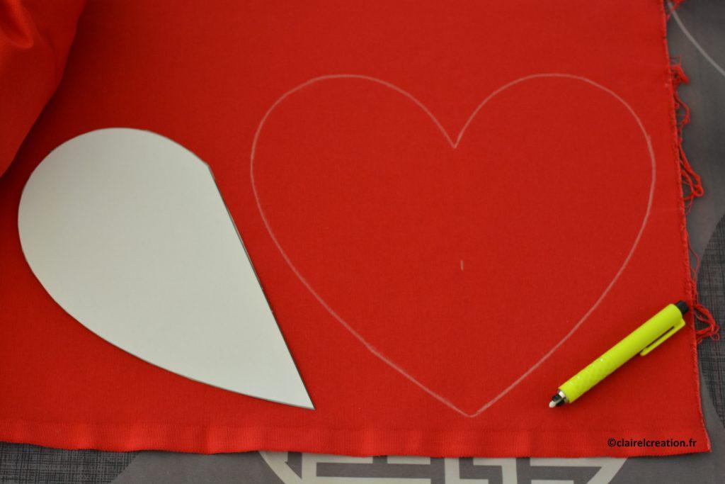 Traçage du premier coupon de tissu en forme de coeur