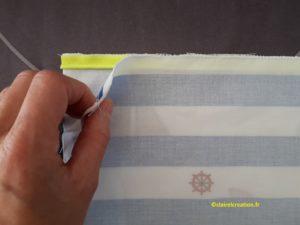 Sac pochon : position du tissu du haut sur le tissu du bas, endroit contre endroit.