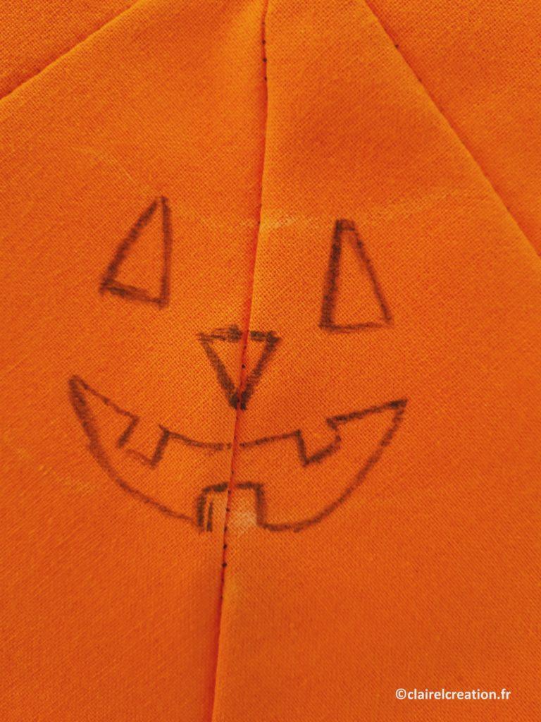 Ebauche du visage de la citrouille d'Halloween 2