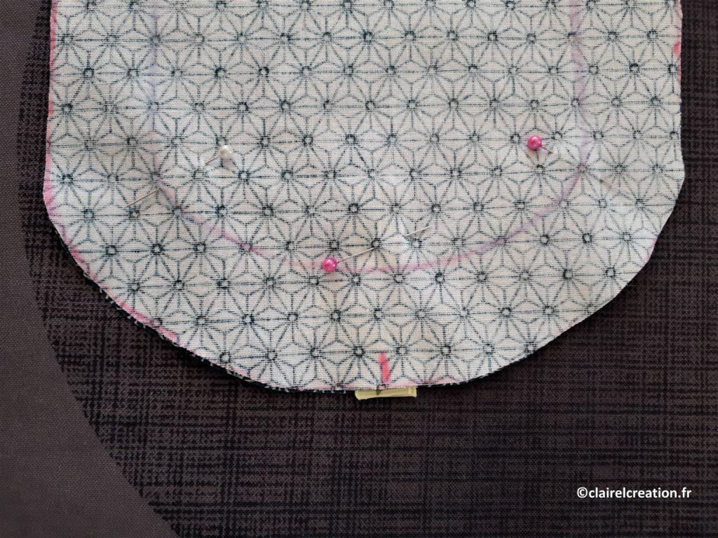 Couvercle en tissu : ruban positionné et épinglé avant assemblage