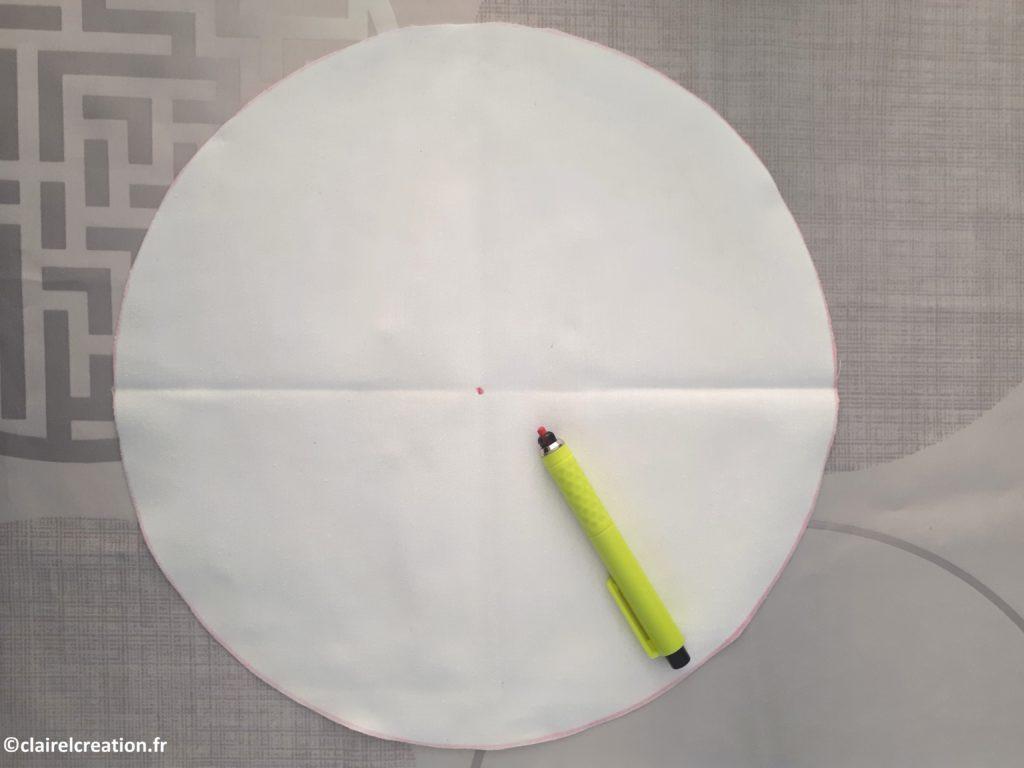 Pliage des cercles pour trouver le centre (3/3)