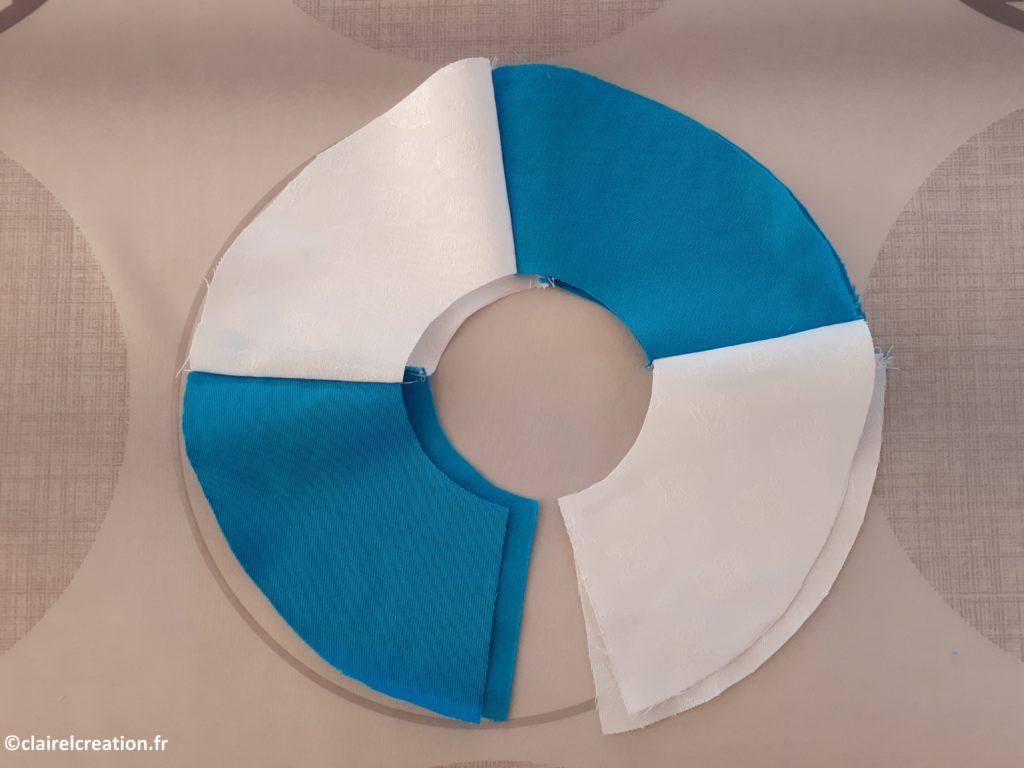 Vérification du bon positionnement des pièces de tissus en plaçant les 2 moitès l'une sur l'autre endroit contre endroit (ou envers contre envers)