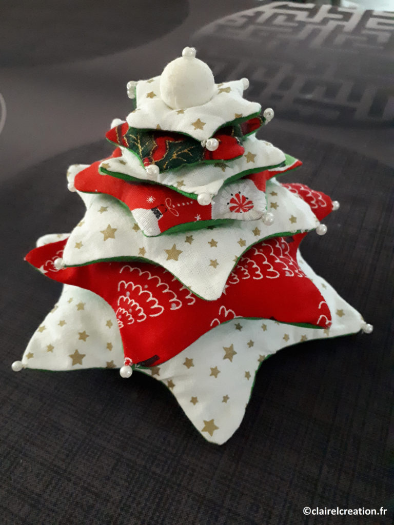 Coudre un sapin de Noël à 7 étoiles